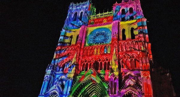 Lg cathedrale damiens   spectacle chroma   crt picardie maite domisse 1 1024x576